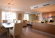 Dining-Family-Kitchen